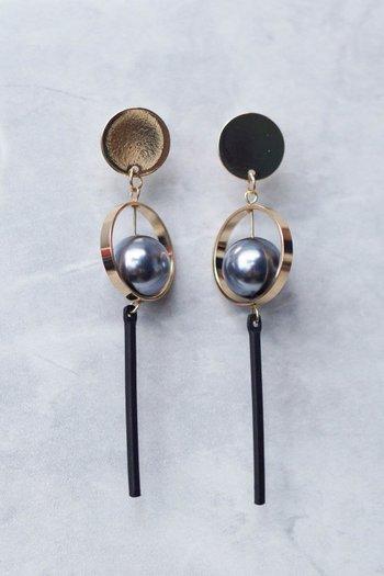 Beverly Metal Ball Earring