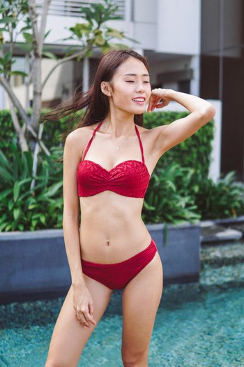 Crochet Bandeau Bikini (Maroon)