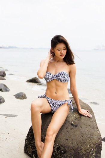 Bandeau Twist Bikini (Mono Aztec)