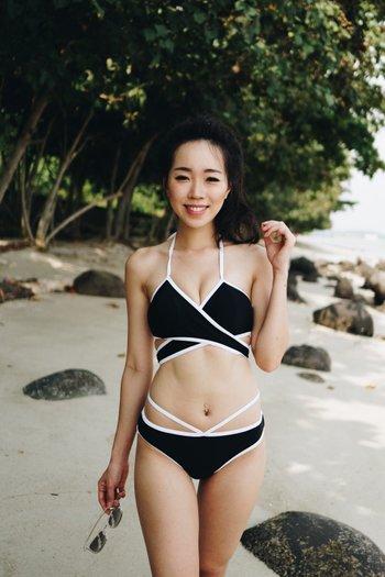 Outline Underwrap Bikini (Black)