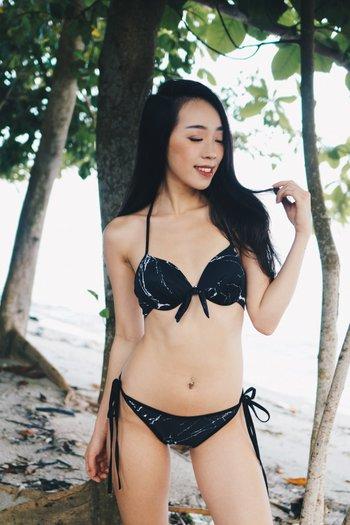 Via Bikini (Black Marble)