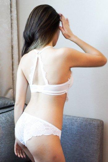 Eyelash Halter Lacey Bralette (White)