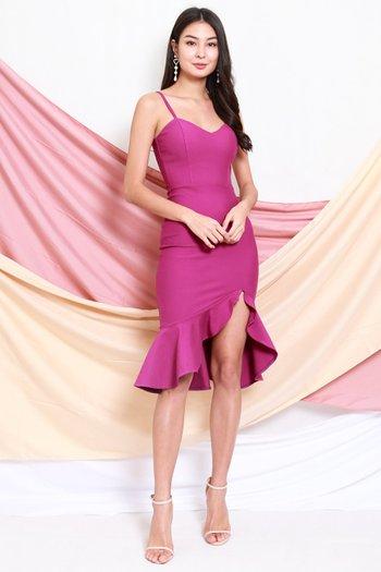 *Premium* Sweetheart Ruffle Spag Dress (Magenta)