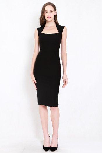 *Premium* Queen Anne Midi Dress (Black)