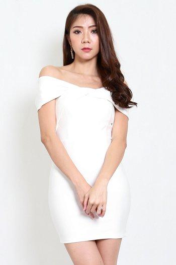*Premium* Twist Off Shoulder Dress (White)