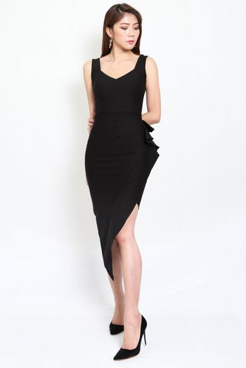 *Premium* Mystic Asymmetrical Dress (Black)