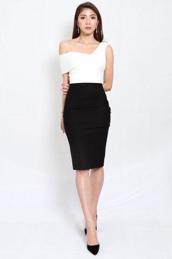 *Premium* 2 Tone Drop Shoulder Midi Dress
