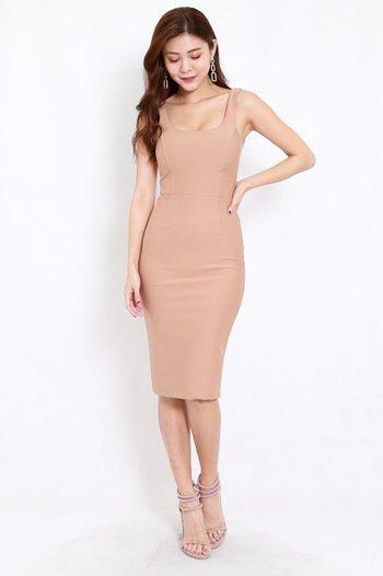 *Premium* Scoop Neck Midi dress (Skin-Nude)