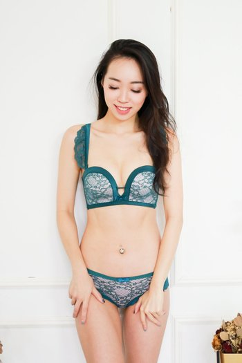 Sweet Laces Push Up Bra Set (Green)