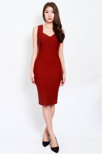 *Premium* Monti Sweetheart Midi Dress (Maroon)