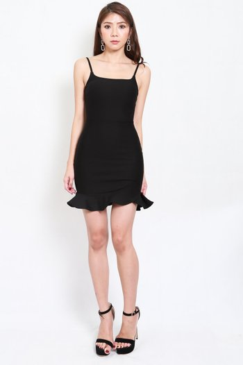 *Premium* Scoop Neck Mermaid Dress (Black)