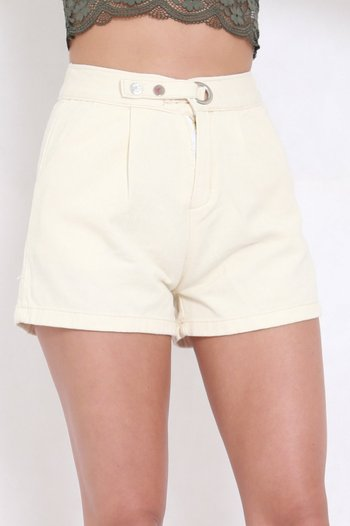 Ring Button Shorts (Ivory)