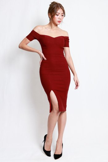 [Backorder] Cassie Sweetheart Slit Midi Dress (Maroon)