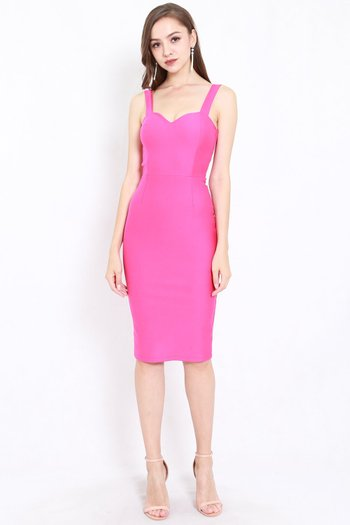 *Premium* Classic Sweetheart Midi Dress (Barbie Pink)