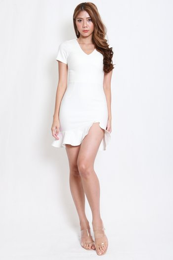 *Premium* V Neck Mermaid Slit Dress (White)