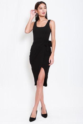 Scoop Neck Wrap Dress (Black)