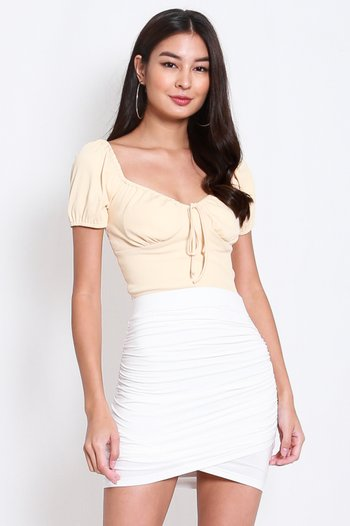 Curve Hem Ruch Skirt (White)