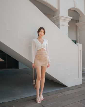 Curve Hem Ruch Skirt (Nude)